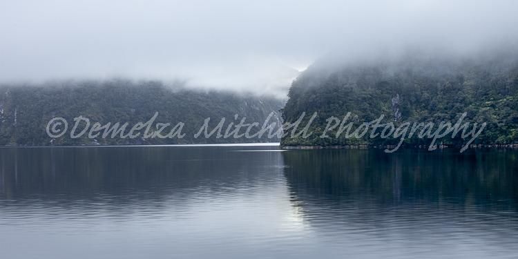 Morning mist - Doubtful Sound