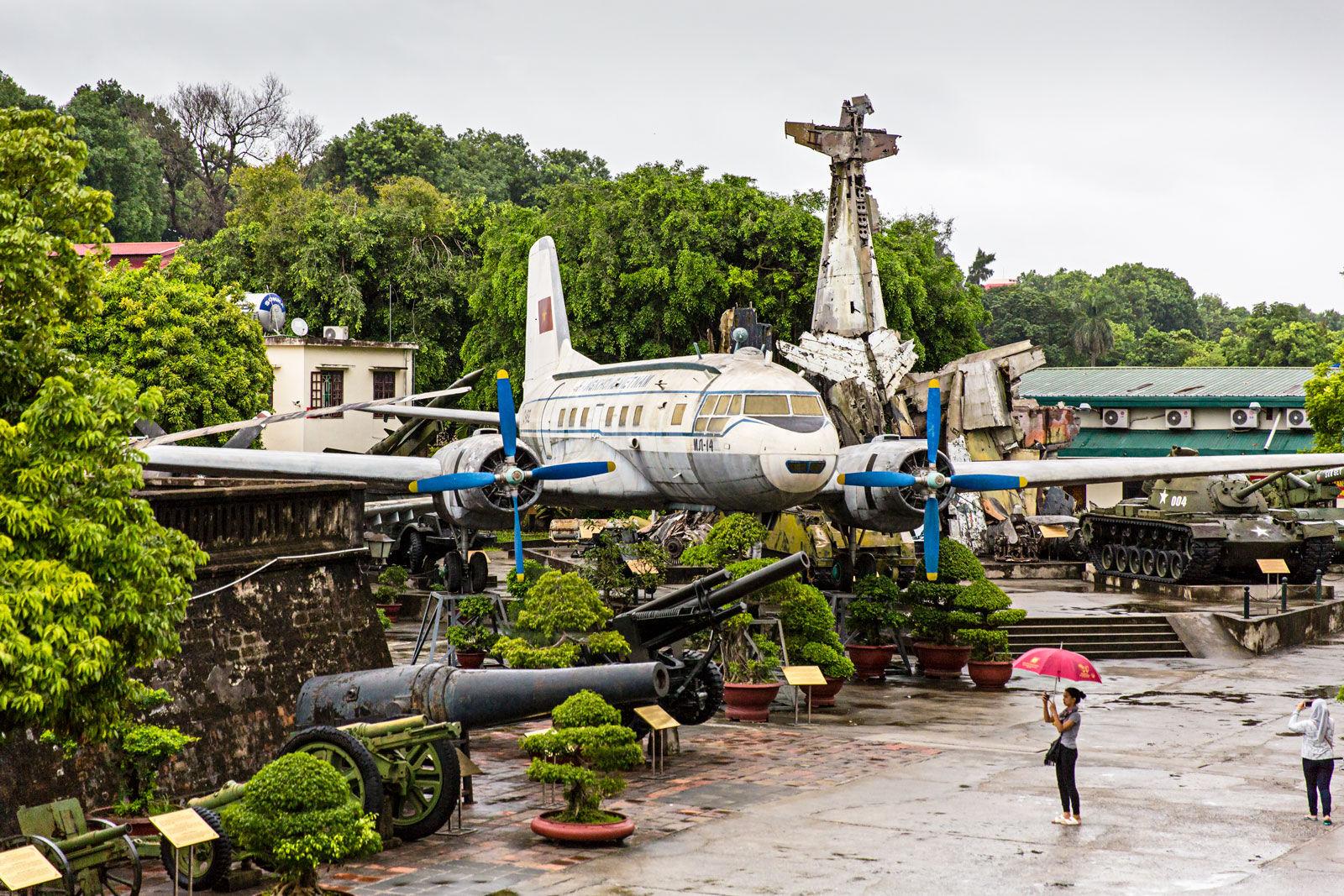 Hanoi Museum - WarRelics