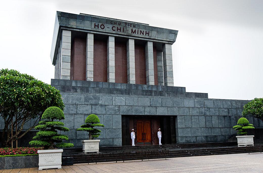 Hanoi HoChi Minh-Tomb