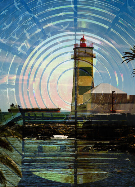 Lighthouse with fresnel screen