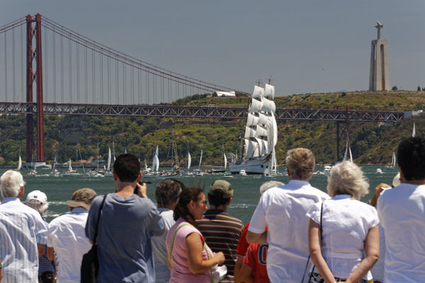 Watching Tall Ships on the Tagus