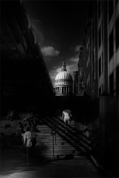 St Paul's Light & Dark