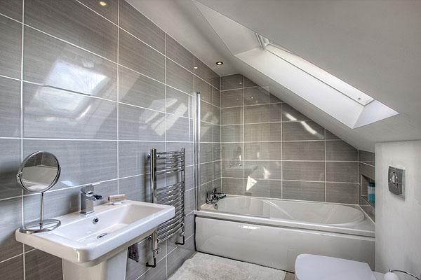 Interior Bathrooms 1