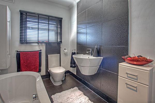 Interior Bathrooms 2