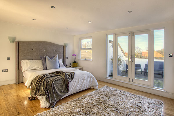 Interior Bedrooms 8