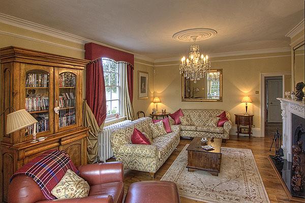 Interior Reception Rooms 9