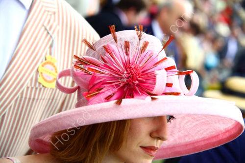 High fashion hat @ Glorious Goodwood.