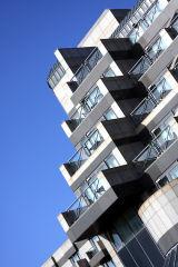 DeVere Hotel Southampton,balconies
