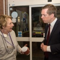 Ann Guy & Tom Pursglove MP at Oundle Library Sit-In