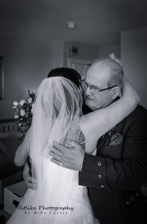 Cullen-Bay-Hotel-Wedding-Photography-03