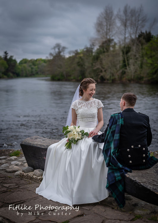 Glen-Mhor-Hotel-Inverness-Wedding-Photography-009