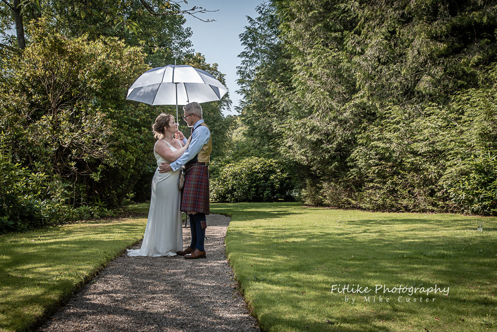 Logie-Country-House-Wedding-Photography-004
