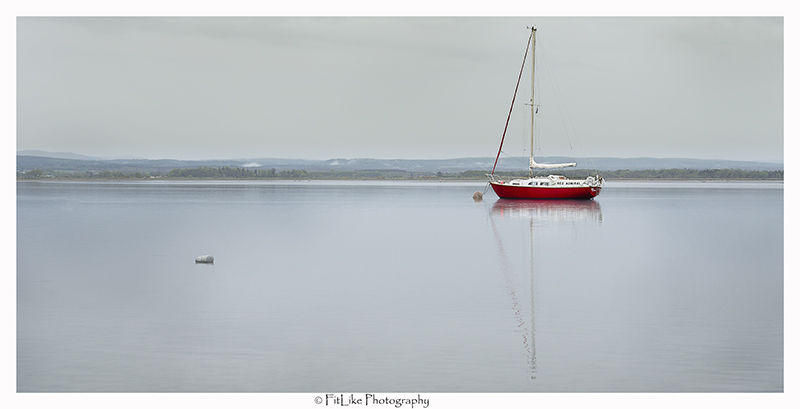 Red Yacht At Findhorn002