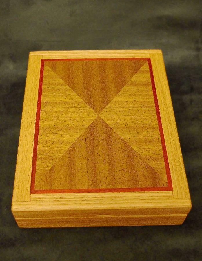 Medal Box Hingeless-closed