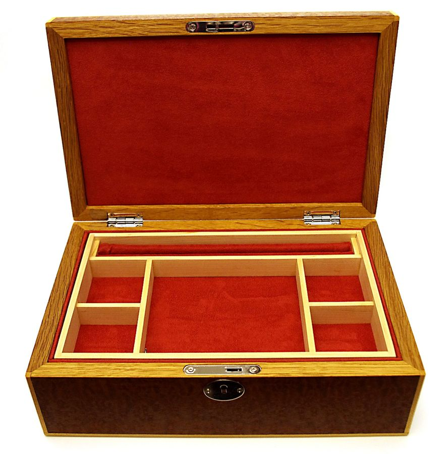 Pomelle-Sapele-Jewellery-Box-2
