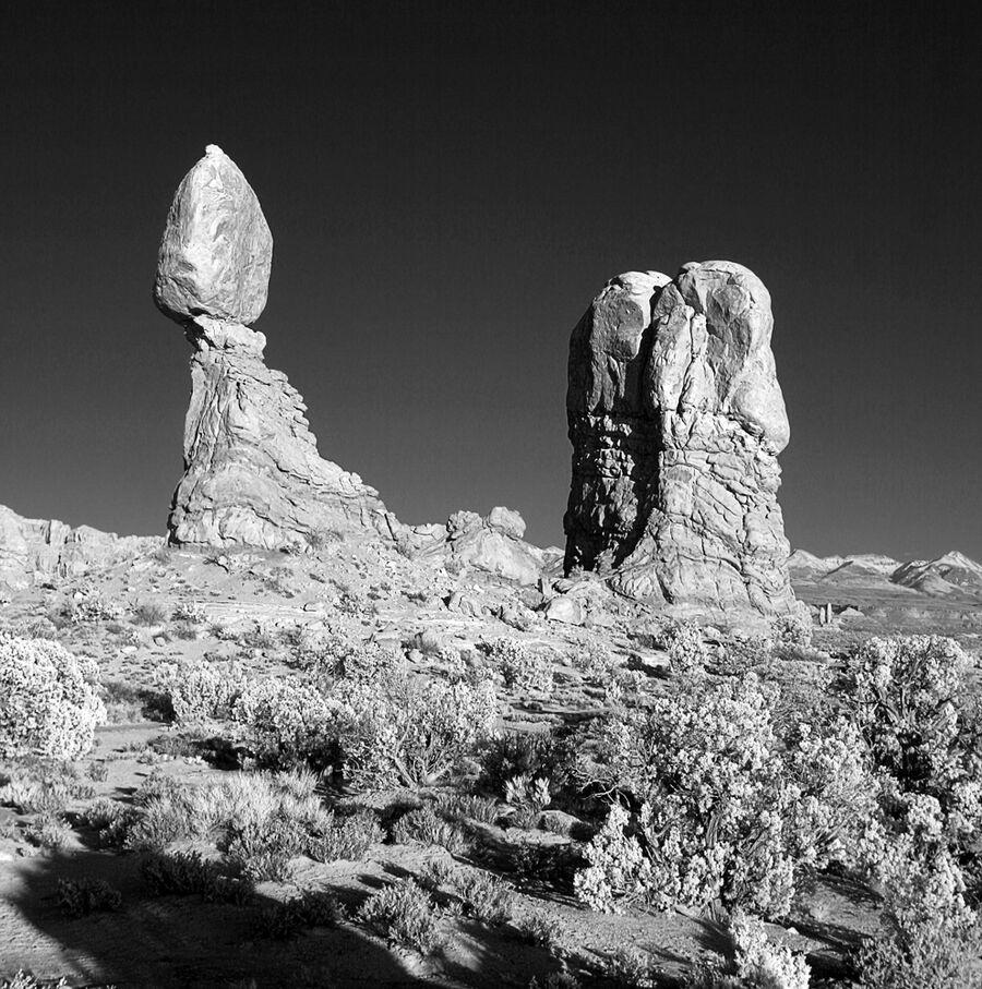 Balanced-Rock-2