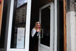Zagreb, at the hairdresser