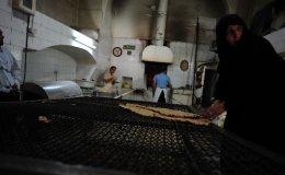 Sangek bakery, Kashan, Iran