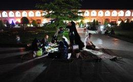 Picnic at Naqsh e Jahan imam sq., Esfahan, Iran