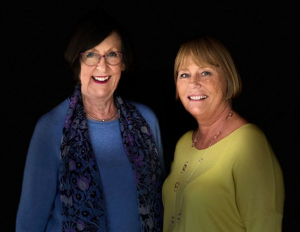 Gill & Anne Portrait 2019 IMG 4855-Edit