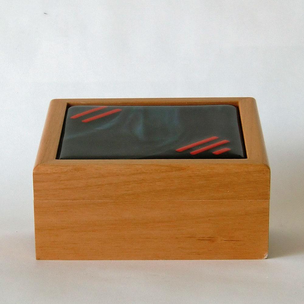 ashbox2b-72dpi