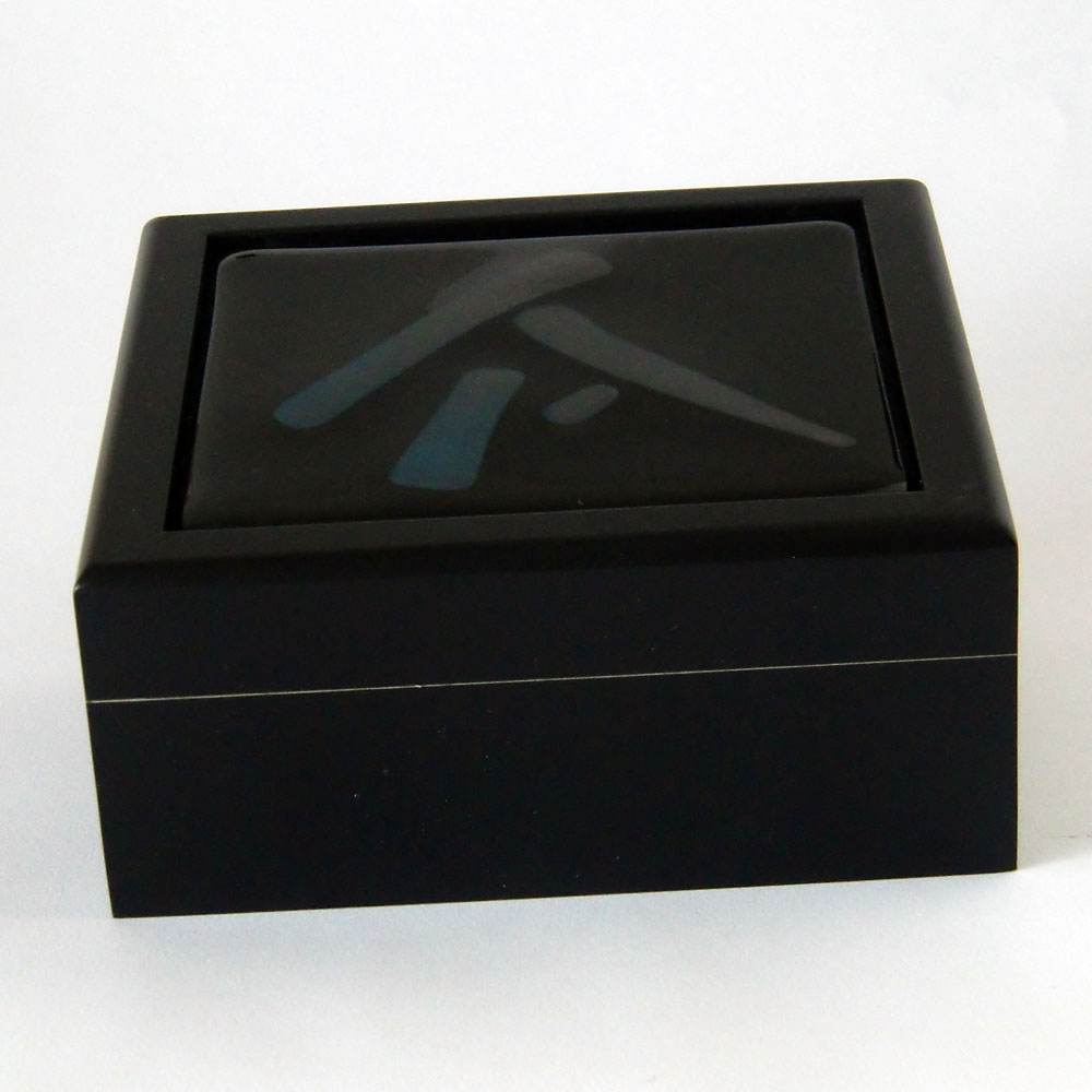 blackbox1-72dpi