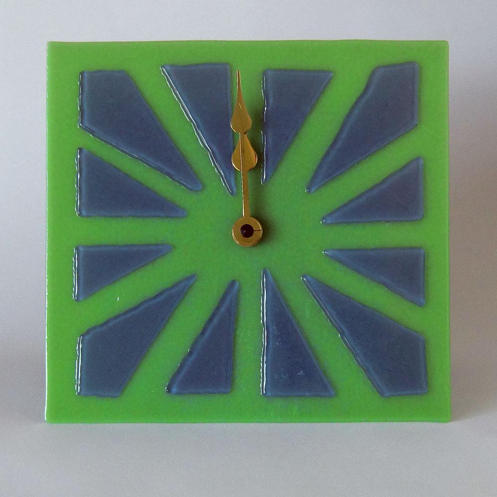 clock3a-72dpi