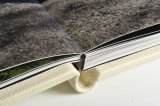 Shows seamless spine on Storybook albums
