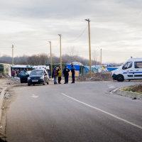 Calais Migrant Camp-003