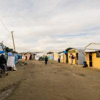 Calais Migrant Camp-034