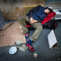 Homeless man, Paris
