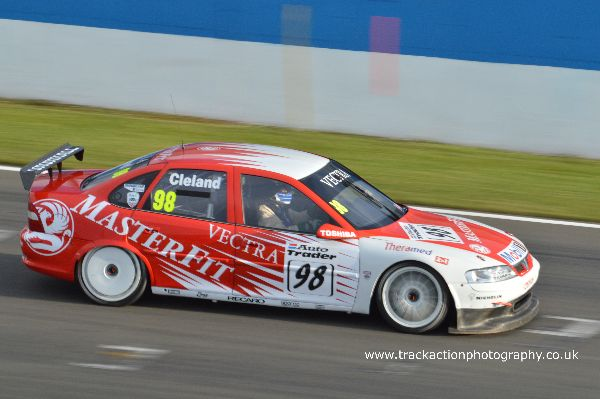 DSC 1015a Super Touring Cars Donington May 2015