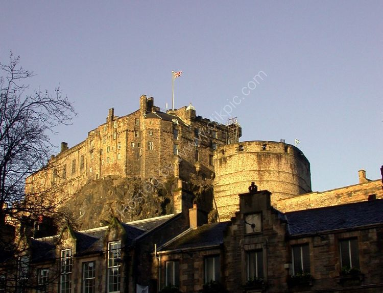 Castle - Edinburgh Castle (from the south)