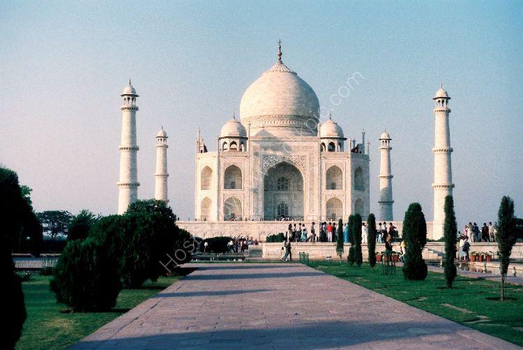 Monument - Taj Mahal (built by Mughul Shah Jahan) - a white marble mausoleum, Agra, Uttar Pradesh, India