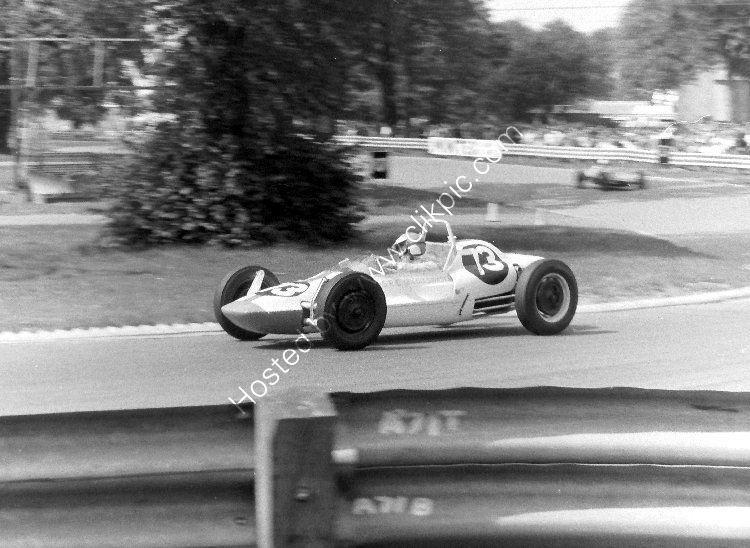 RACE - Ingliston 23 July, 1967, Jenny Nadin (Formula Vee) At Gardeners Corner
