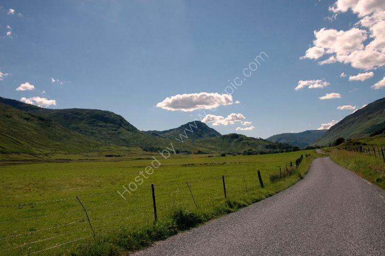 SCOTLAND - The Road through Glen Lyon