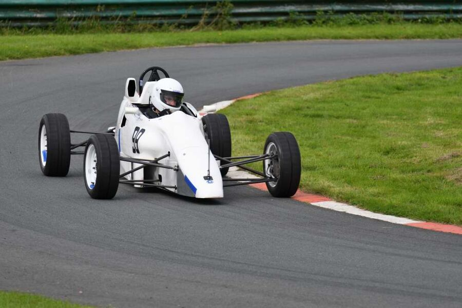Formula Ford RF91 driven by Ian Farrer