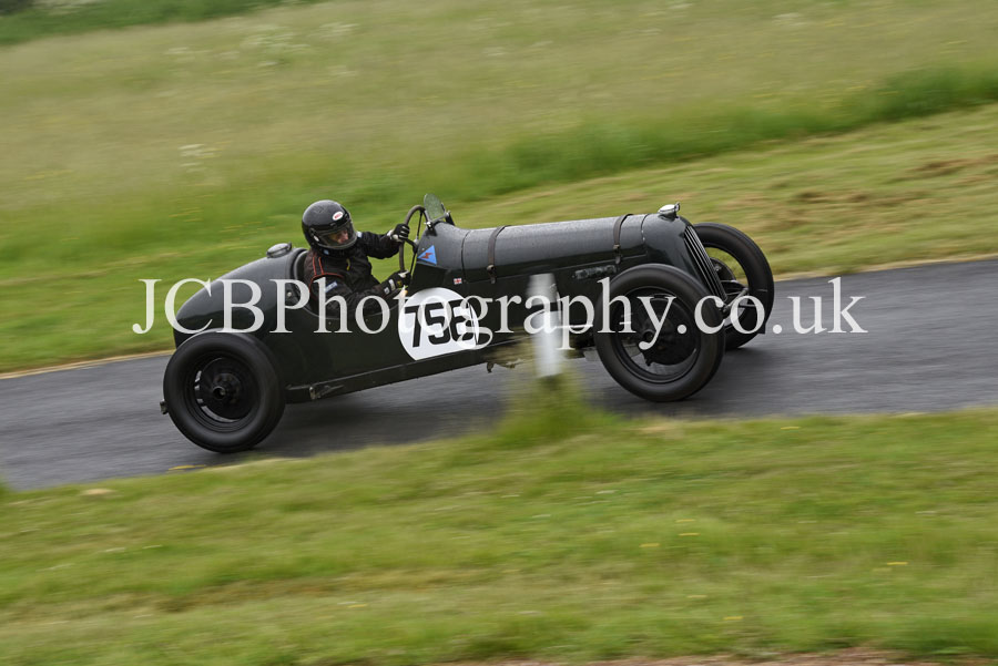 Gillow Special driven by Michael Fountain
