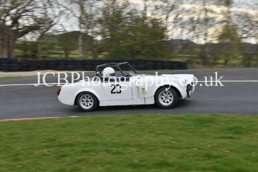 MG Midget driven by Richard Walkinson