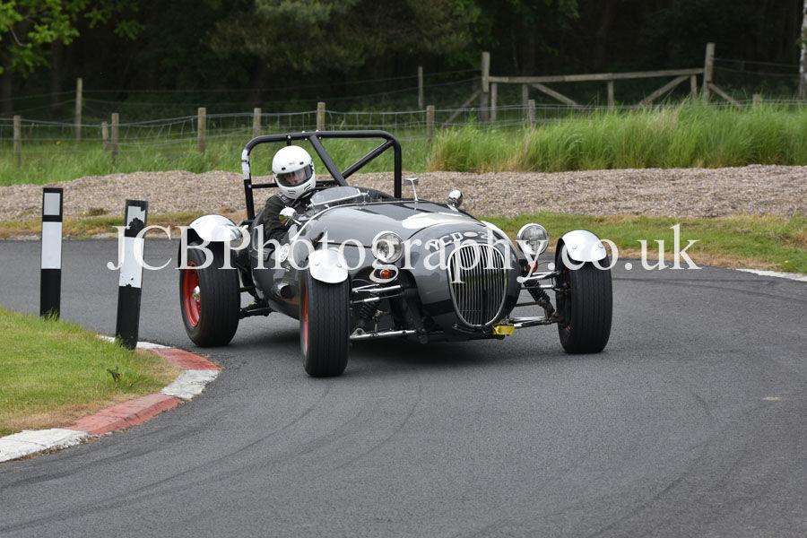 Kougar Jaguar driven by Geoff Mansfield