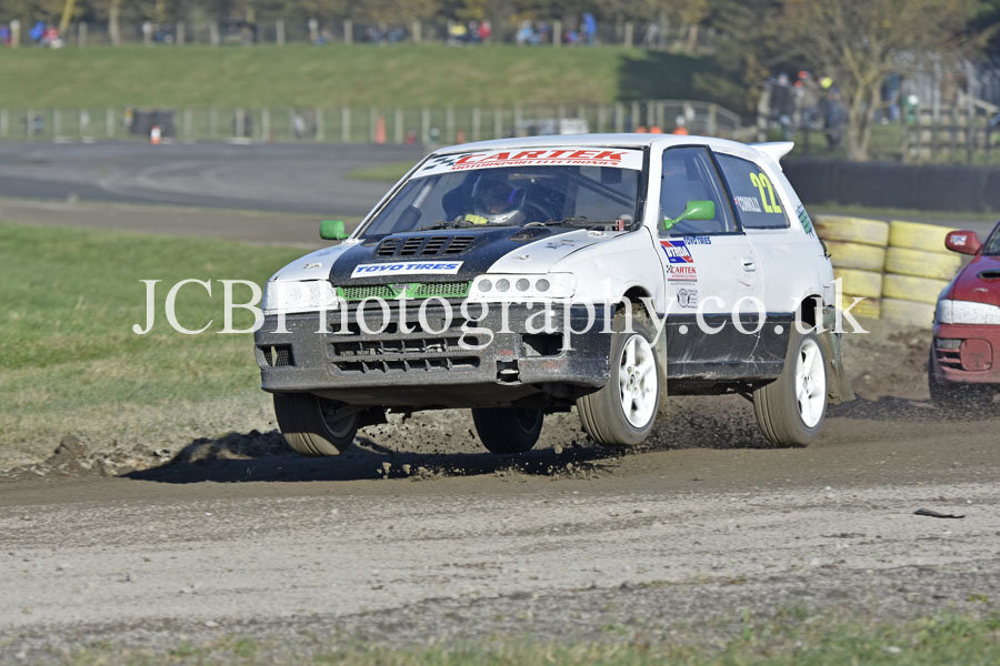 Nissan Pulsar driven by Ross Connolly