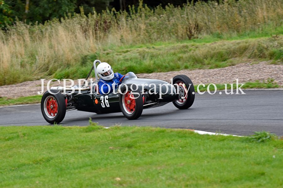 Cooper Mk9 driven by Victor Deane