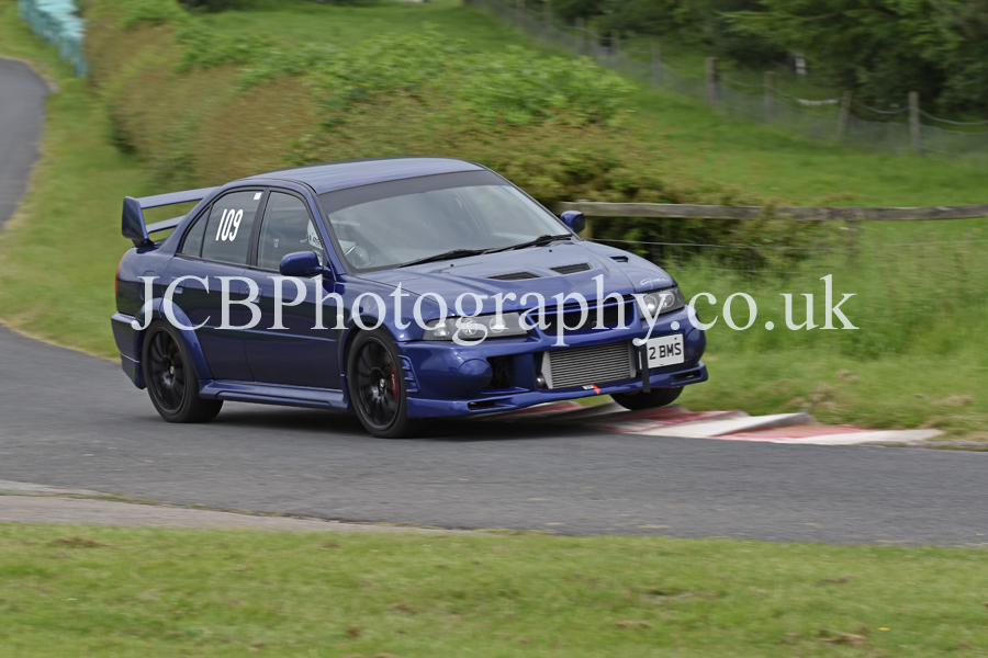 Mitsubishi Evo 6 driven by Peter Day
