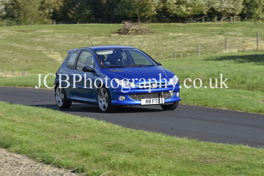 Peugeot 206 GTi driven by Richard Stephens