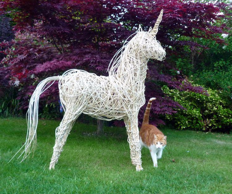 Unicorn (3)