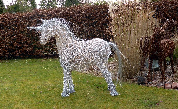 Unicorns (5)