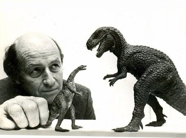 Ray Harryhausen with dinosaurs