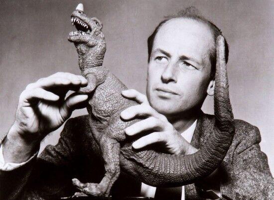 Ray Harryhausen with ceratosaur dinosaur