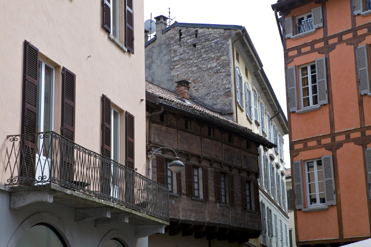 The architecture of Como
