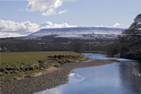 Pendle Hill & River Ribble near Clitheroe, Lancs